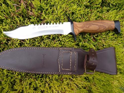 Portabotellas Regalo Aitor Cuchillo Oso Blanco con Hoja de Acero INOX X42 de 18,5 cm y empu/ñadura de Poliamida de 12,5 cm para Caza Supervivencia y bushcraft Pesca