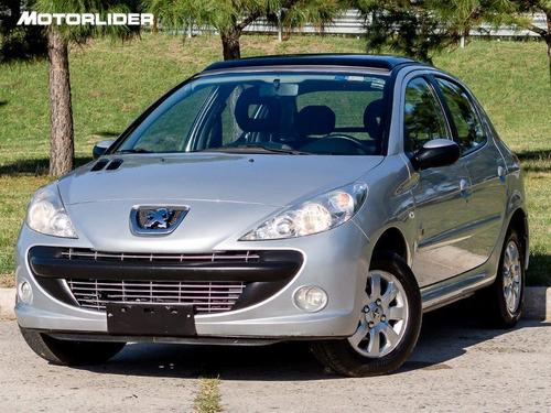 Peugeot 207 Black & Silver Ex Full 1.4 - Permuta / Financia