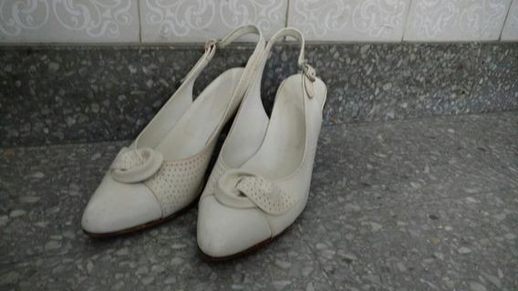 Zapatos Con Taco De Cuero Blanco 36