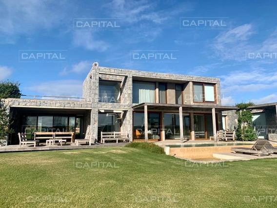 Casa En Venta Laguna Estates Barrio Privado En Manantiales Punta Del Este-ref:29009