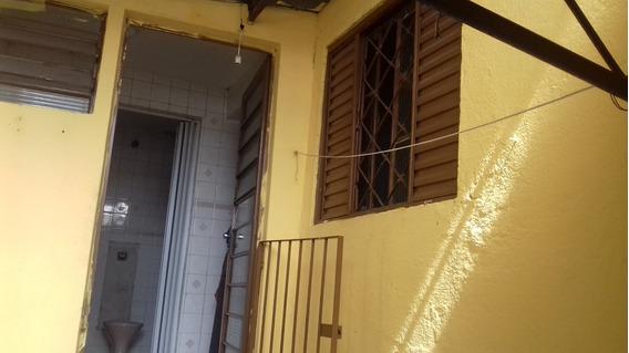 Alugo Casa 1 Dormitório Em Itaquera - A 8 Minutos Do Metro