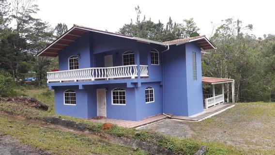Casa En Venta En Cerro Azul #18-3127hel**
