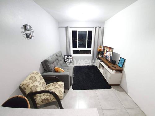 Apartamento Com 2 Dormitórios À Venda, 45 M² Por R$ 190.000 - Canudos - Novo Hamburgo/rs - Ap3243