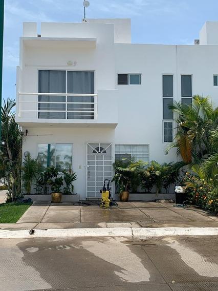 Venta Casa 3 Recamaras Fracc. Las Ceibas, Nuevo Vallarta.