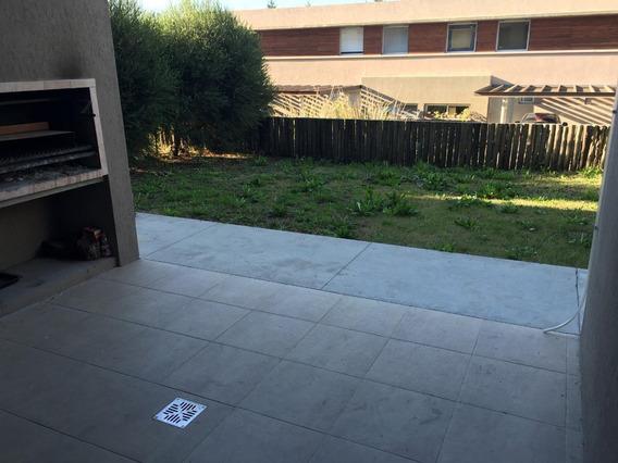 Departamento Tipo Casa 3 Ambientes Con Jardin Y Parrilla. Nordelta