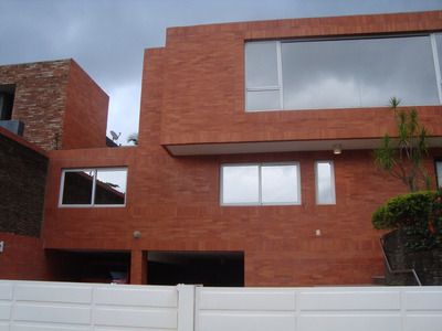 Bellisima Casa En Altos De Guataparo