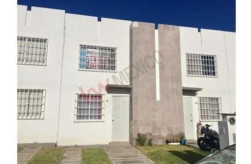 Casa Amueblada Renta Fraccionamiento Viñedos En Corregidora