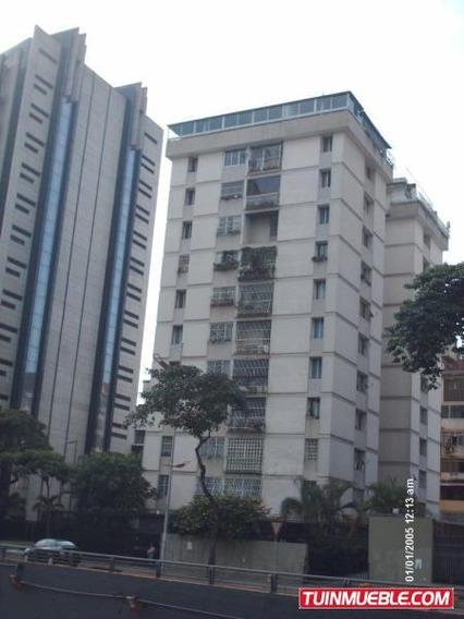 Apartamentos En Venta Urb. Las Delicias. 19-10137
