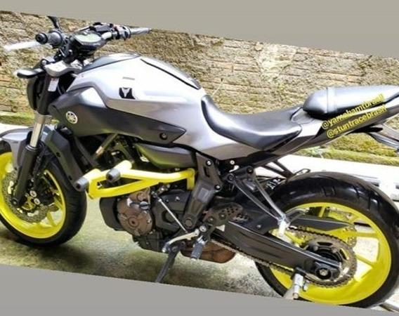 Stunt Cage Mt 07 - Aces  de Motos e Quadriciclos no Mercado