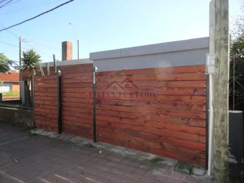 Casa En Centrica Avenida Maldonado - Ref: 808