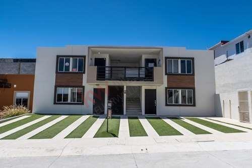 Departamento En Venta, Tijuana. Urbiquinta Del Cedro, Zona Santa Fe. Residencial Privado Con Seguridad, Casa Club Con Gimnasio Y Amenidades