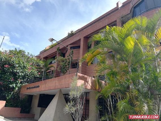 Apartamentos En Venta - Urb Miranda - 19-11157