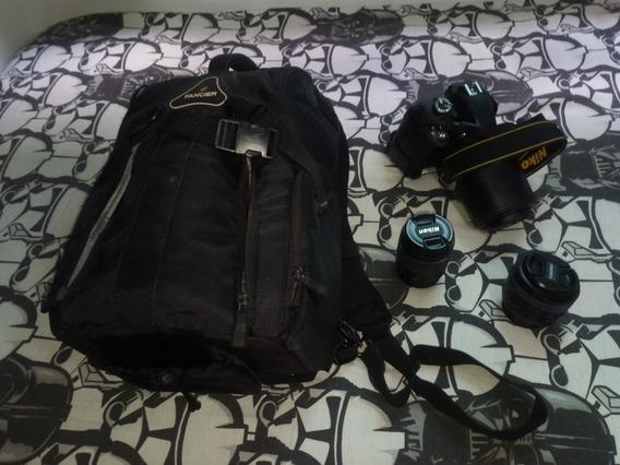 Camera Nikon 3300 + 3 Lentes (50mm + 70-300mm) + Flash