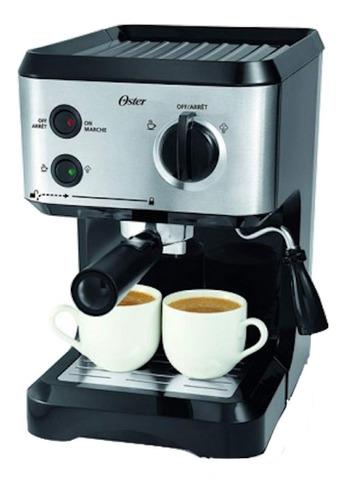 Cafetera Oster BVSTECMP55 automática negra y plata expreso 220V