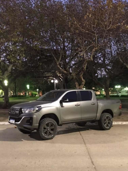 Toyota Hilux 2.8 Cd Limited 177cv 4x4 At 2017