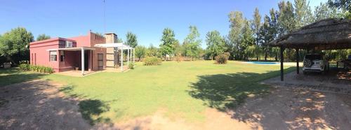Imagen 1 de 14 de Hermosa Casa Quinta En Lobos