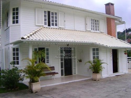 Casa - Quitandinha - Ref: 2760 - V-2760