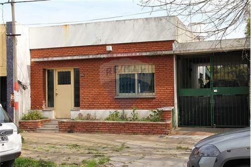 Casa En Venta La Plata