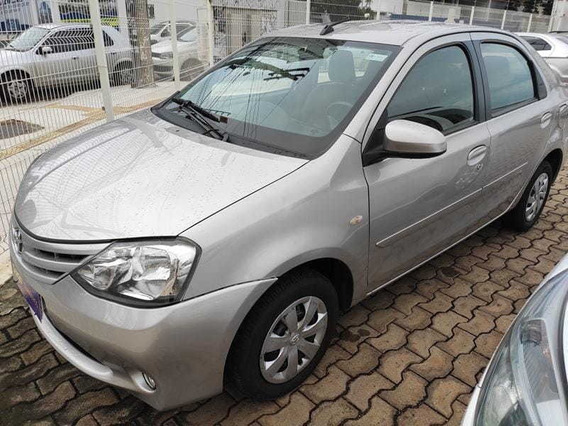 Toyota Etios Sd Xs 15 At