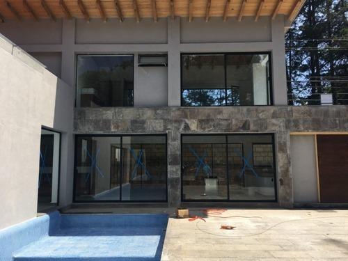 Casa Nueva Con Vista Al Bosque En Condominio