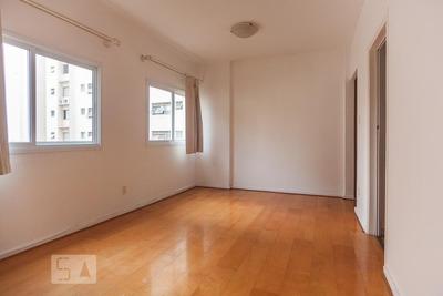 Apartamento No 2º Andar Com 2 Dormitórios E 2 Garagens - Id: 892926670 - 226670
