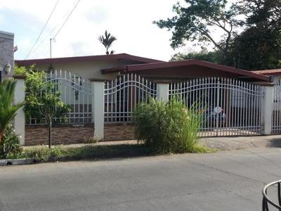 Vendo Casa Acogedora En Urbanización El Rocío, Las Cumbres