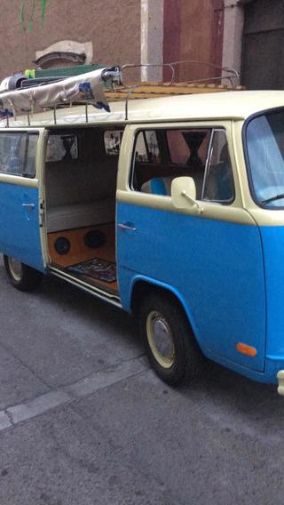 Volkswagen T2 Combi