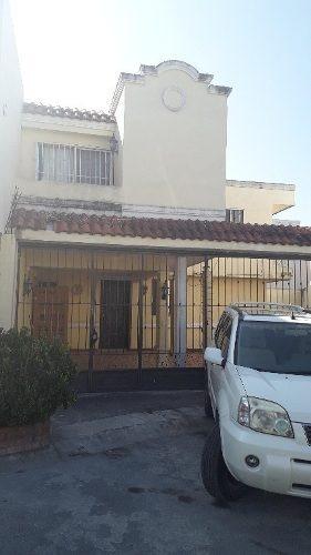 Casa En Venta En Apodaca