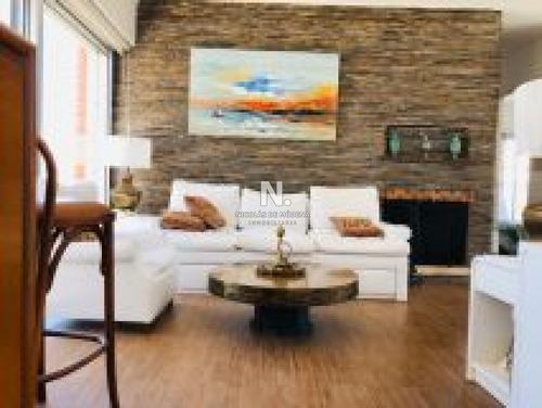 Apartamento En Península.- Ref: 3323