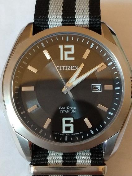 Relógio Citizen Super Titanium Eco Drive E Safira Original.