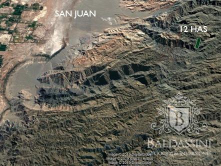Mina De Grafito En San Juan