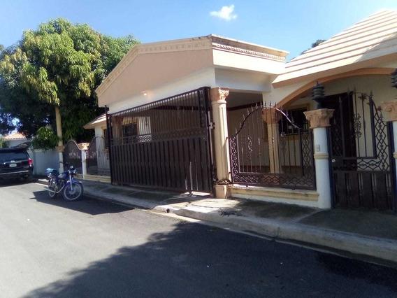 Casa En Venta En Santiago Rodriguez