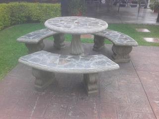 4 Mesas Con Bancas De Concreto, Decoradas Con Piedra Laja