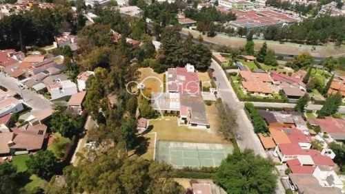 Residencia Con Alberca,cancha De Tenis,bosque De La Calera