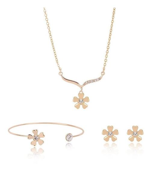 Conjunto De Joyería De Flores - Collar - Pulsera - Aretes
