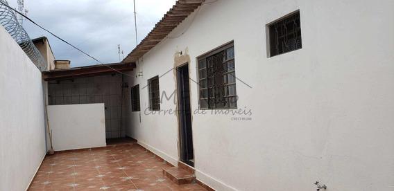 Casa Com 2 Dorms, Vila São Pedro, Pirassununga - R$ 135 Mil, Cod: 10131641 - V10131641