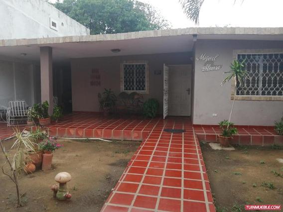 Casa La Rotaria