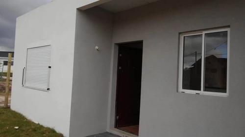 Propiedad De Dos Habitaciones En Colonia Nicolich