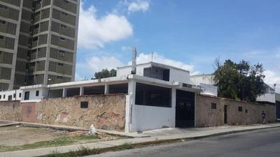 Comercial En Venta Centro Barquisimeto 19-482rhb