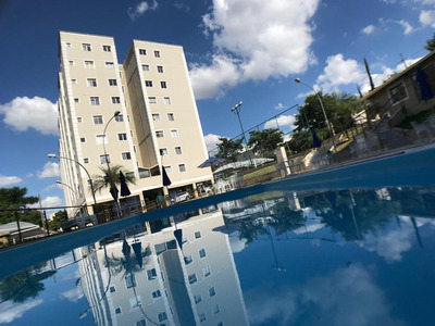 Apartamento Dois Quartos Com Suite No Bairro Cabral. - 4973