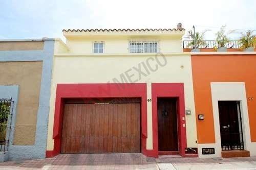 Casa En Venta En Centro Histórico De Mazatlán