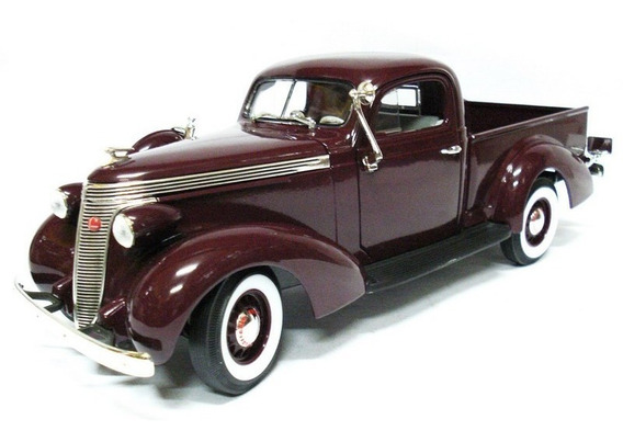 Studebaker Pickup 1937 1:18 Road Signature Yatming