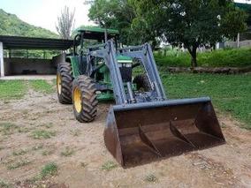 Tractor Agrícola John Deere 6605