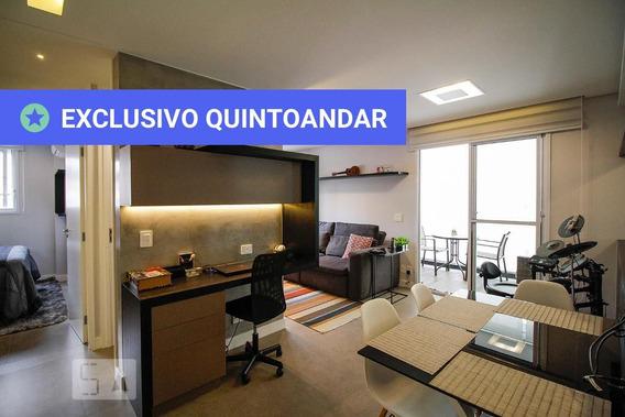 Apartamento No 5º Andar Mobiliado Com 1 Dormitório E 2 Garagens - Id: 892962175 - 262175