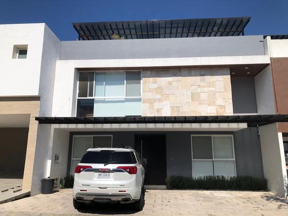 Casa Semi Nueva Con 4 Recamaras Con Baño Parque Nuevo Leon