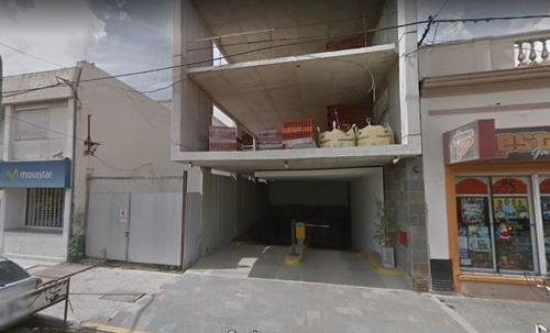 Imagen 1 de 1 de Cochera En Venta En Lujan Centro
