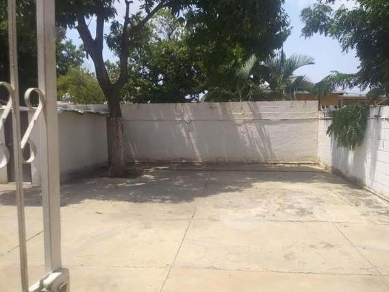 Casa En Venta , Codigo Mls #19-10295