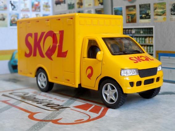 Miniatura Caminhão Cerveja Skol