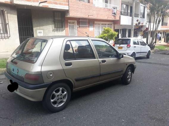 Renault Clio Kilometraje 288000