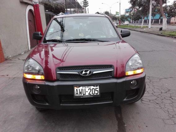 Hyundai - Tucson - 2009 - Automática - 5 Puertas- Vino Tinto